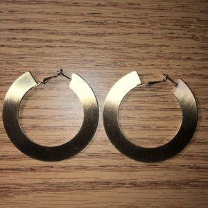 Earrings gold thick hoops